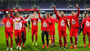 Los jugadores del Salzburgo celebran el título de Liga.