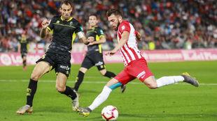 Luis Rioja, en un partido con el Almería.
