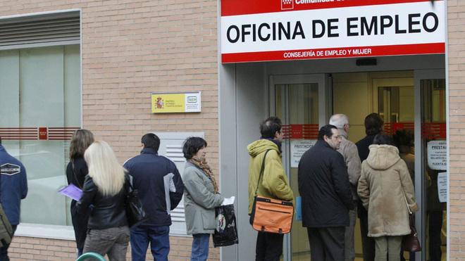 El paro baja en Castellón en 487 personas