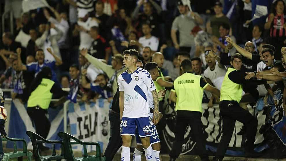 El gol de Naranjo, muy tranquilo tras celebrar su gol, desató la...