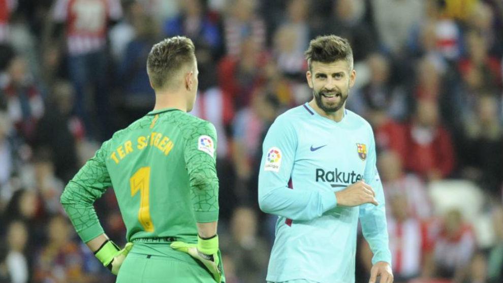 Pido perdón por la actitud del equipo, parecíamos juveniles — Luis Suárez