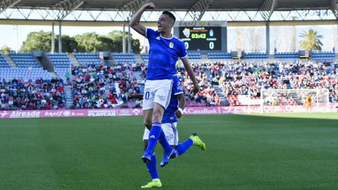 Tejera celebra un gol de esta temporada con el Oviedo.