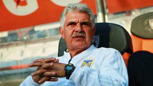 Ricardo Ferretti enojado por el resultado ante Pachuca.