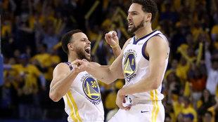 Curry y Thompson celebran la victoria de Golden State