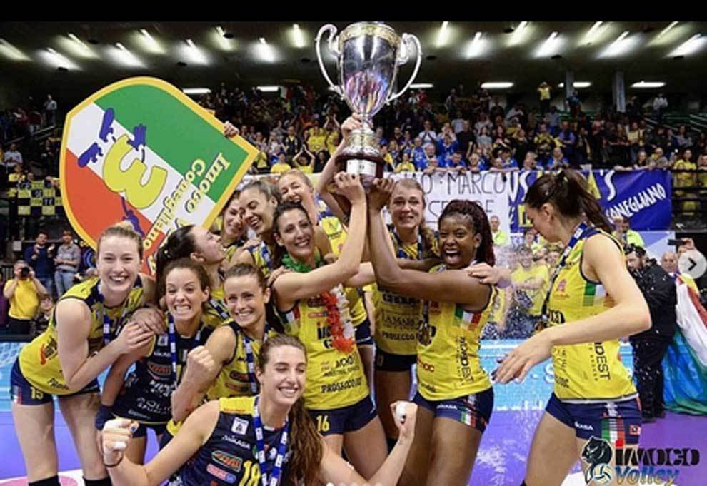 Volleyball: The imoco volley conegliano team pose naked to