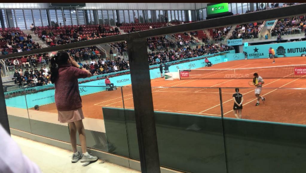 Mariana, animando a Verdasco en el Mutua Madrid Open