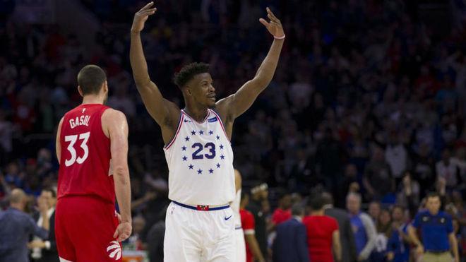 Playoffs NBA: 76ers llevan la serie al límite tras imponerse a Raptors