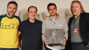 David Ferrer junto con el presidente de Lotto, Andrea Tomat