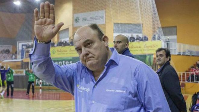 Zupo Equisoain, tras un encuentro en su etapa con el Ciudad Encantada...