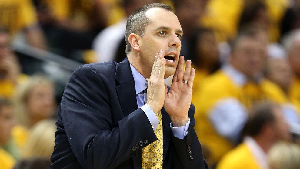 Lakers hacen oficial contratación de Frank Vogel como entrenador