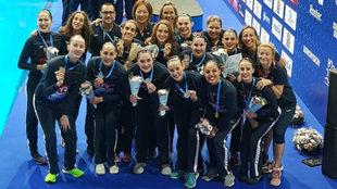 La selección española de natación artística que ha competido en...