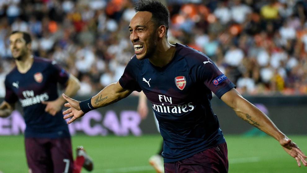 Aubamayang celebra un gol con el Arsenal