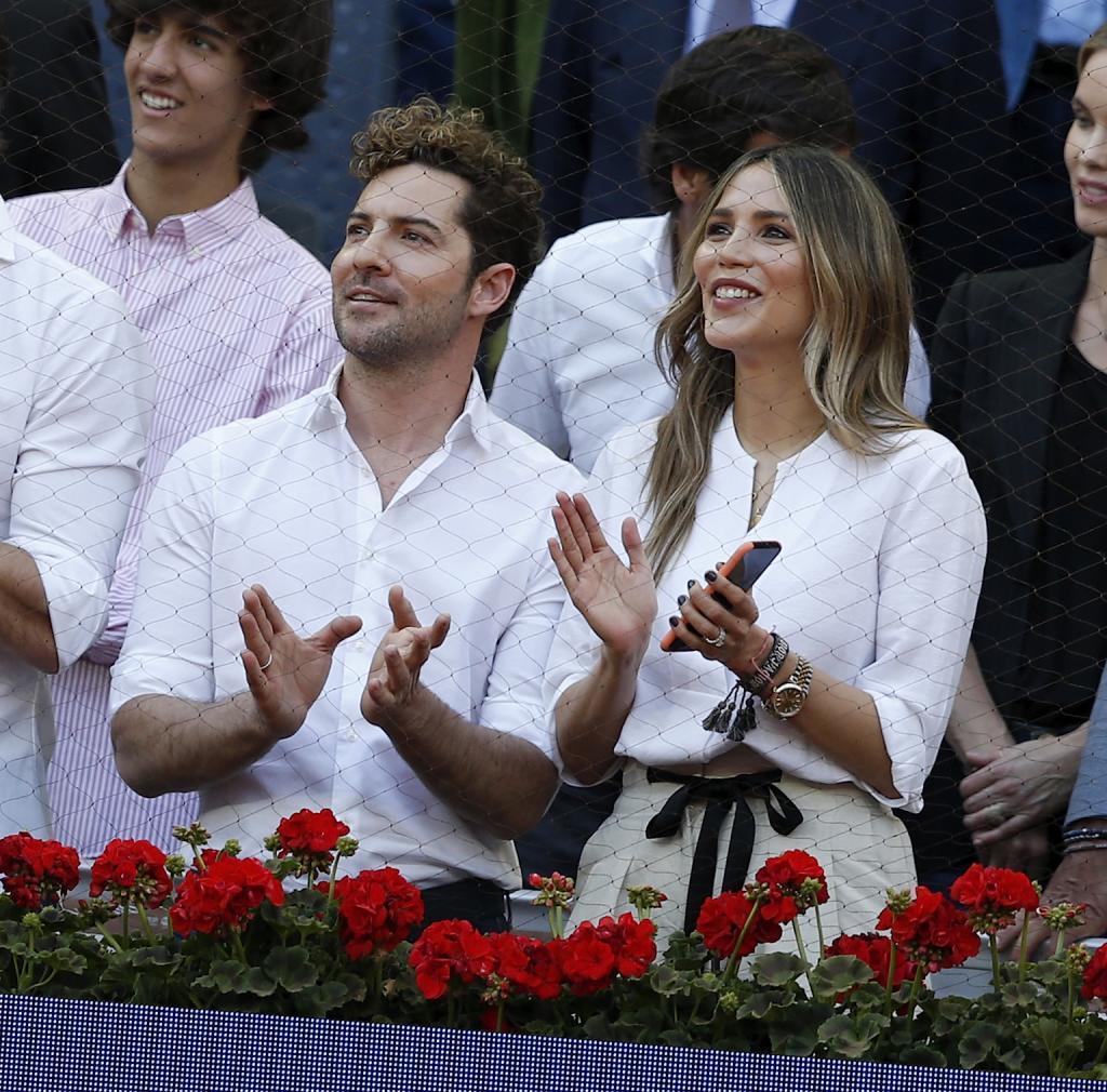 El cantande David Bisbal y su mujer la modelo y actriz Rosanna Zanetti.