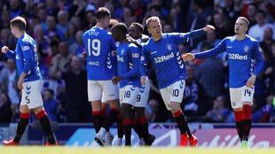Los Rangers se imponen en el Clásico de Escocia.
