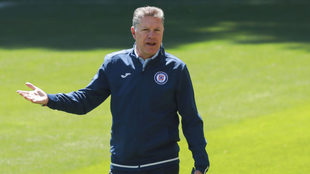 Ricardo Peláez habló sobre el futuro del Cruz Azul.