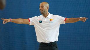 Jordi Fernández en un entrenamiento con la selección española