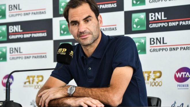 Roger Federer durante la rueda de prensa de hoy en Roma.