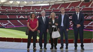 Manuela Carmena vistió el Wanda Metropolitano.