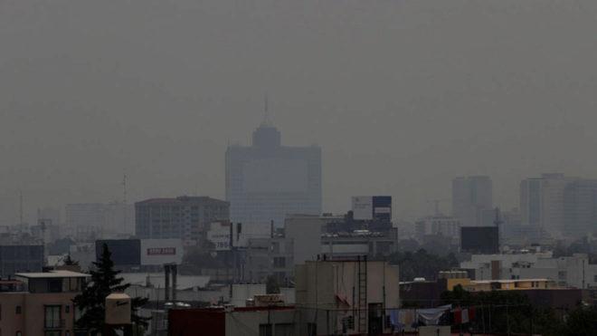 El smog en la capital mexicana/