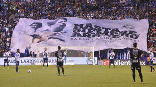 Minuto de silencio en memoria a Pablo Larios.