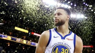 Stephen Curry volvió a brillar para dar el triunfo a los Warriors