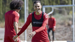 Juan Villar en un entrenamiento de Osasuna.