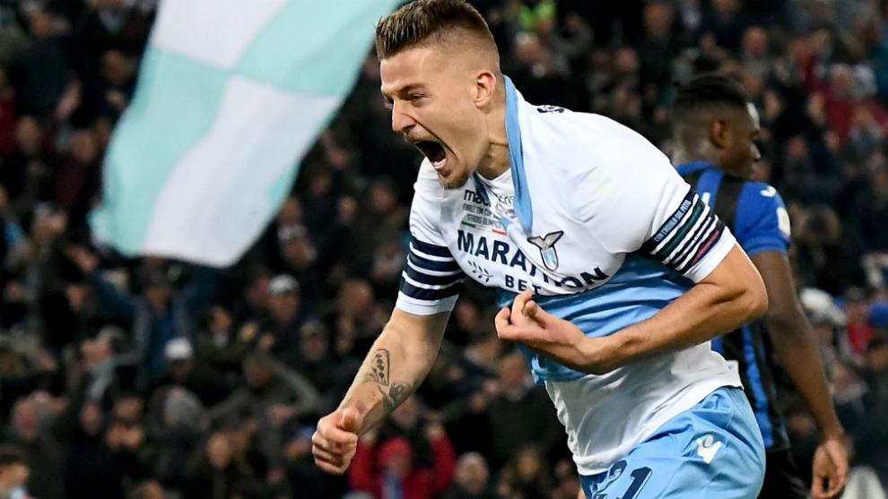 Milinkovic.-Savic celebra su gol al Atalanta