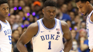 Zion Williamson con la camiseta número 1 de Duke