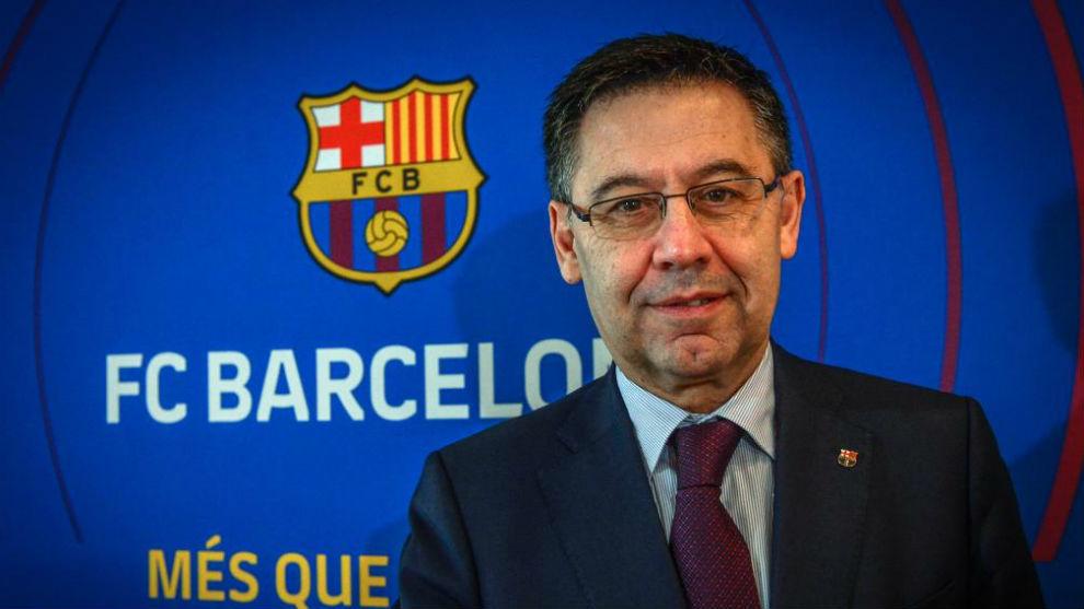 Barcelona president Josep Maria Bartomeu supports Valverde.
