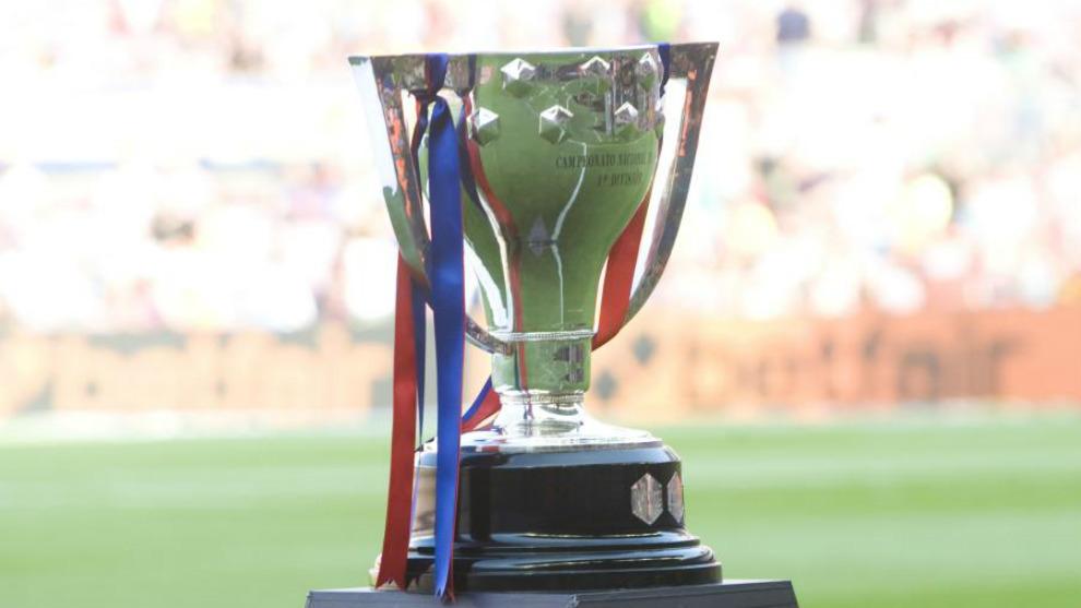 Copa que se entrega al vencedor de la Liga. 14 de los últimos 15...
