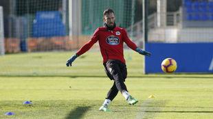 Dani Giménez, en un entrenamiento.