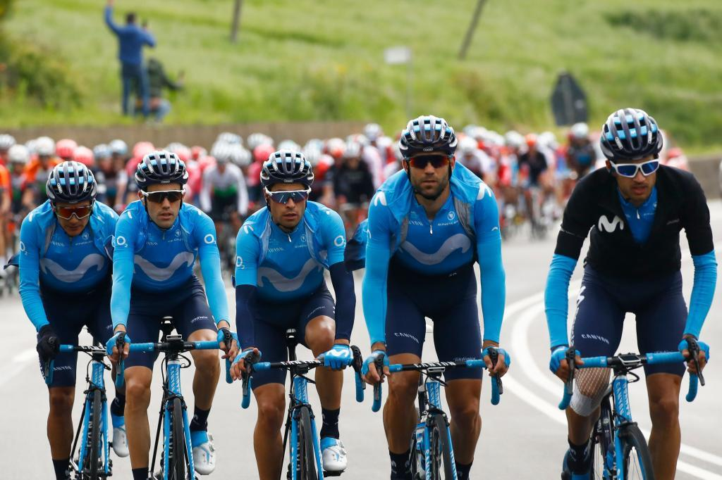 Team <HIT>Movistar</HIT> rider Spains Mikel Landa (3L) and teammates of Team <HIT>Movistar</HIT> ride during stage six of the 102nd Giro dItalia - Tour of Italy - cycle race, 238kms from Cassino to San Giovanni Rotondo on May 16, 2019. (Photo by Luk BENIES / AFP)