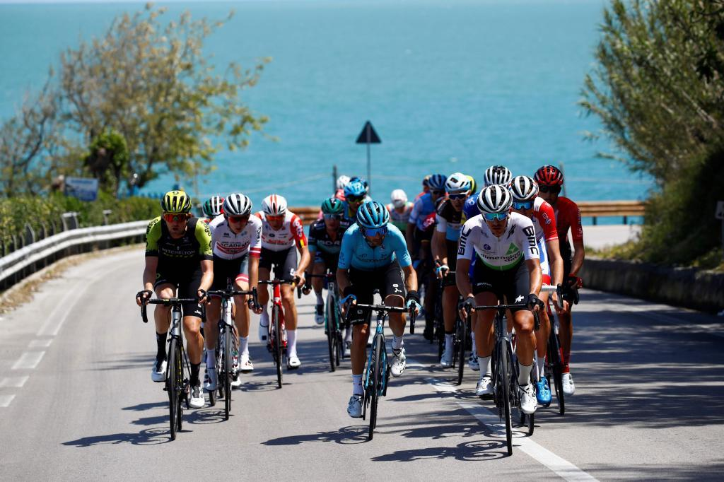 The peleton ride along the coast near Vasto as they take part in stage seven of the 102nd <HIT>Giro</HIT> dItalia - Tour of Italy - cycle race, 185kms from Vasto to LAquila on May 17, 2019. (Photo by Luk BENIES / AFP)