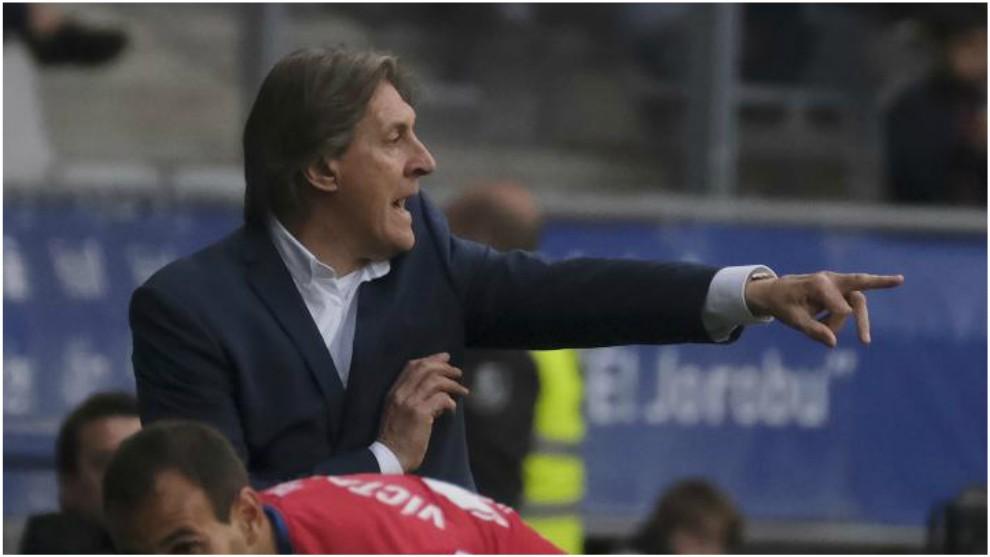 Sergio Egea, gesticulando durante un partido