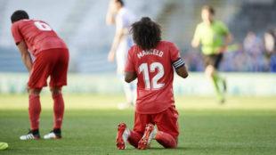 Marcelo y Nacho, hundidos tras encajar un gol de la Real en Anoeta.