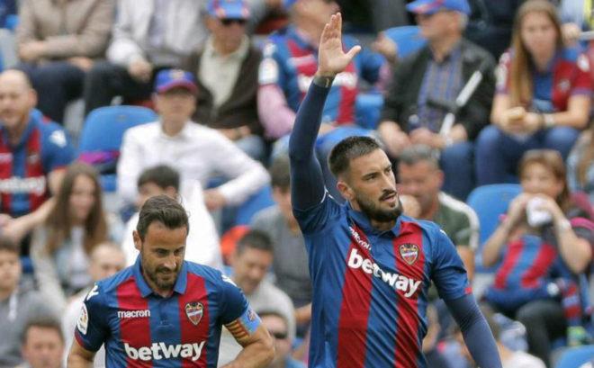 Cabaco celebra el gol anotado al Atlético.