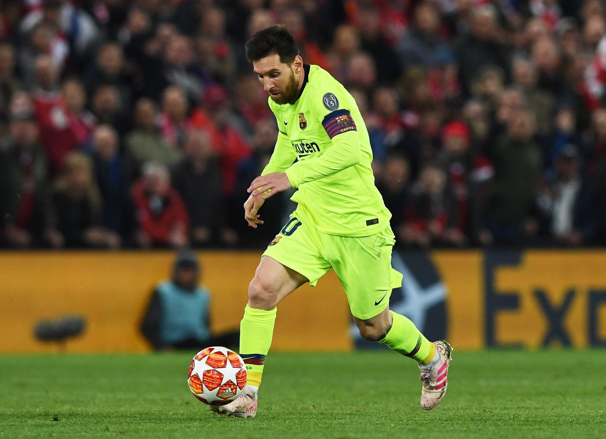EPA6986. LIVERPOOL (REINO UNIDO), 07/05/2019.- Lionel <HIT>Messi</HIT> de Barcelona en acción en el juego correspondiente a las semifinales de la Liga de Campeones de la UEFA, este martes en el estadio Anfield de Liverpool (Reino Unido). EFE/ Neil Hall