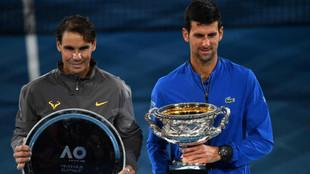 Rafa Nadal vs Novak Djokovic (aqui tras el Open de Australia 2019):...