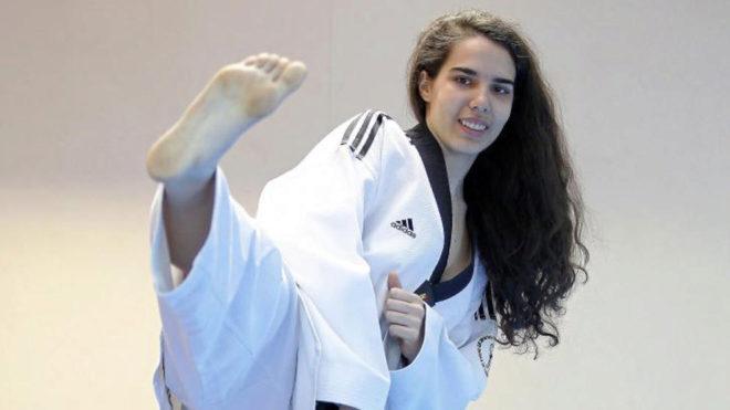 Marta Calvo posa para MARCA durante un entrenamiento.