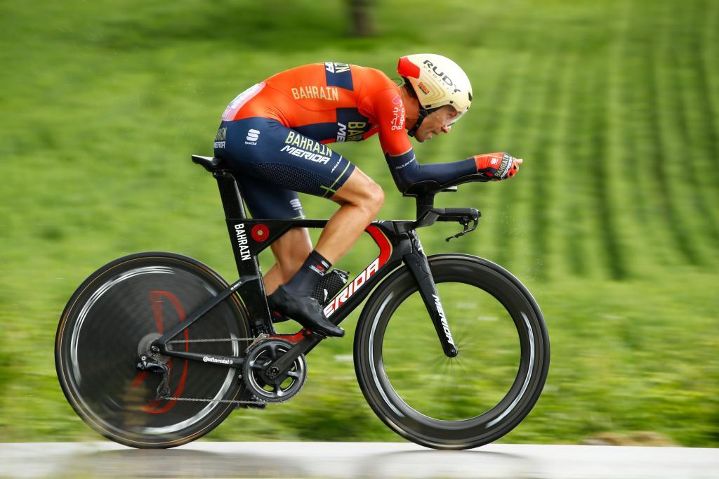 Team Bahrain rider Italys Vincenzo <HIT>Nibali</HIT> takes part in stage nine of the 102nd Giro dItalia - Tour of Italy - cycle race, a 34.8 km time-trial from Riccione to San Marino on May 19, 2019. (Photo by Luk BENIES / AFP)