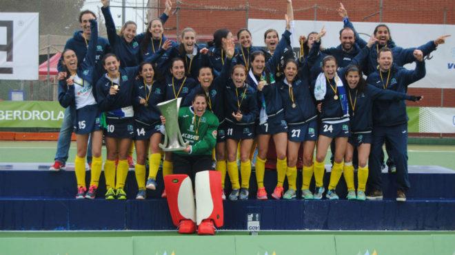 Las jugadoras del Club de Campo celebran el título de Liga