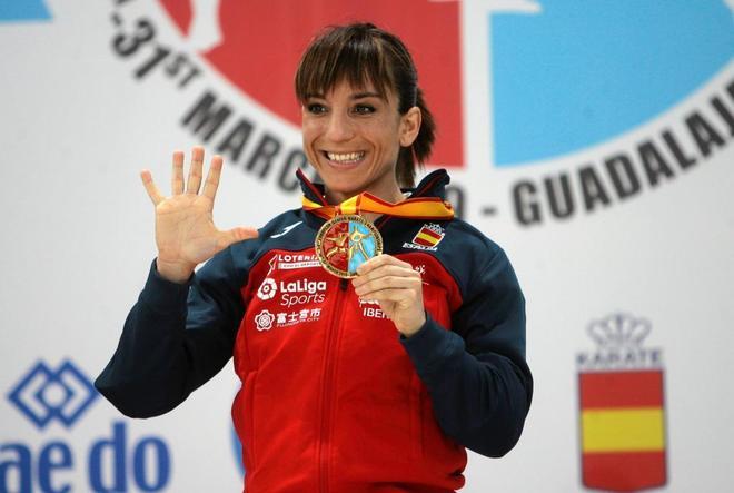 En el podio del Europeo de Guadalajara con su quinto oro continental...