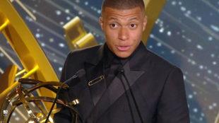 Mbappé, con el premio al mejor jugador de la Ligue 1 /