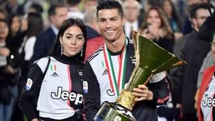 Cristiano Ronaldo vivió una apasionada celebración, junto a su novia...