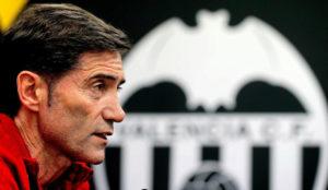 Marcelino, durante una rueda de prensa con el Valencia.