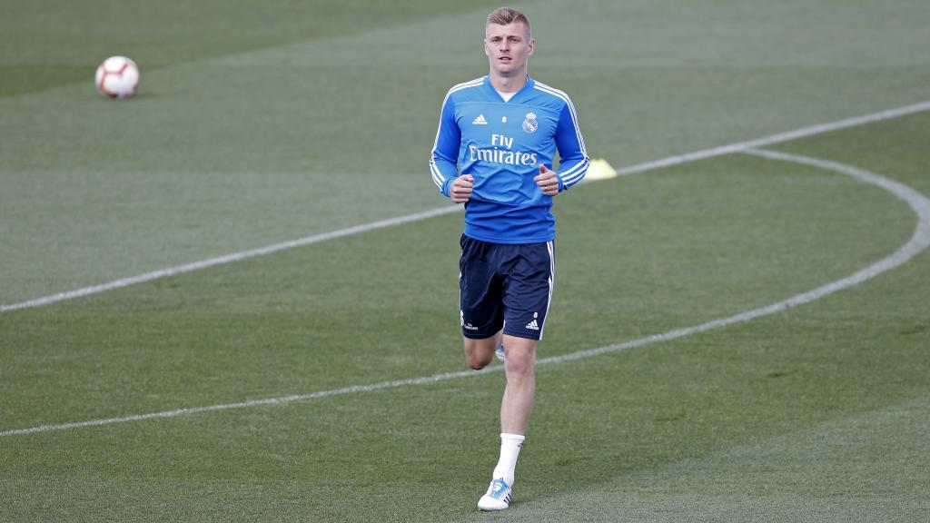 Kroos renueva con el Madrid hasta 2023