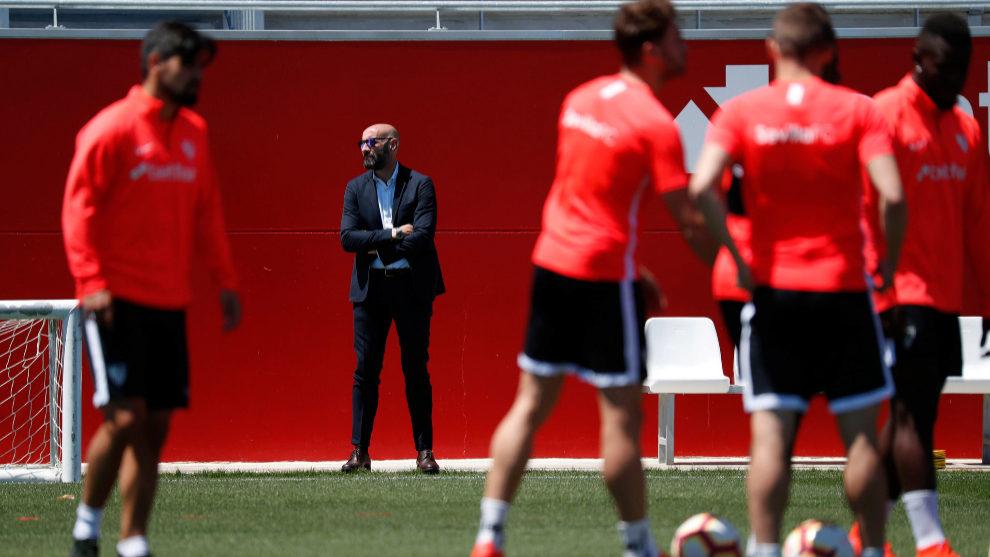 Mercado no fue convocado por Scaloni y ahora el Sevilla podría sancionarlo