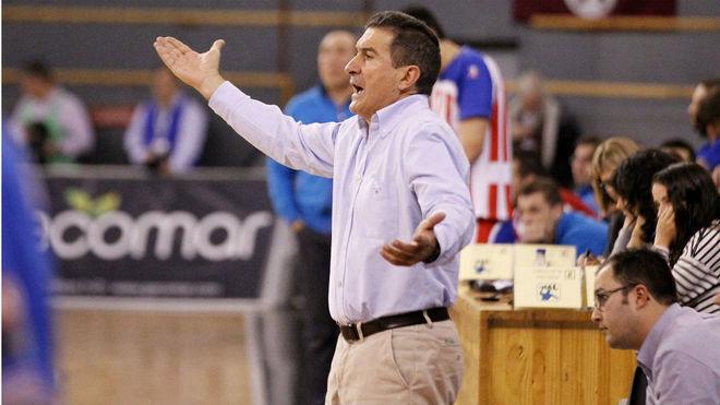 Manolo Cadenas, en su anterior etapa en el Ademar /