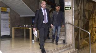 El presidente de la RFEF, Luis Rubiales, saliendo del CSD.
