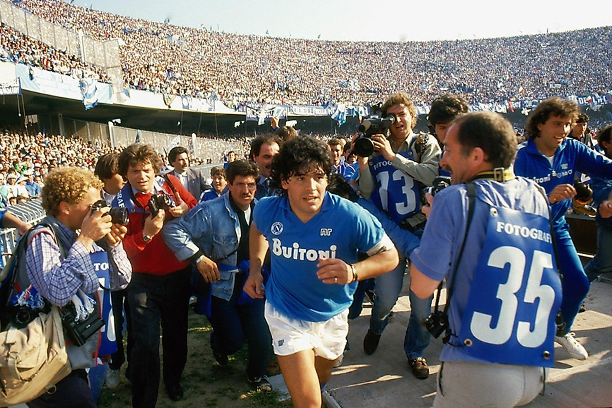 Diego Armando Maradona en su época con el Nápoles